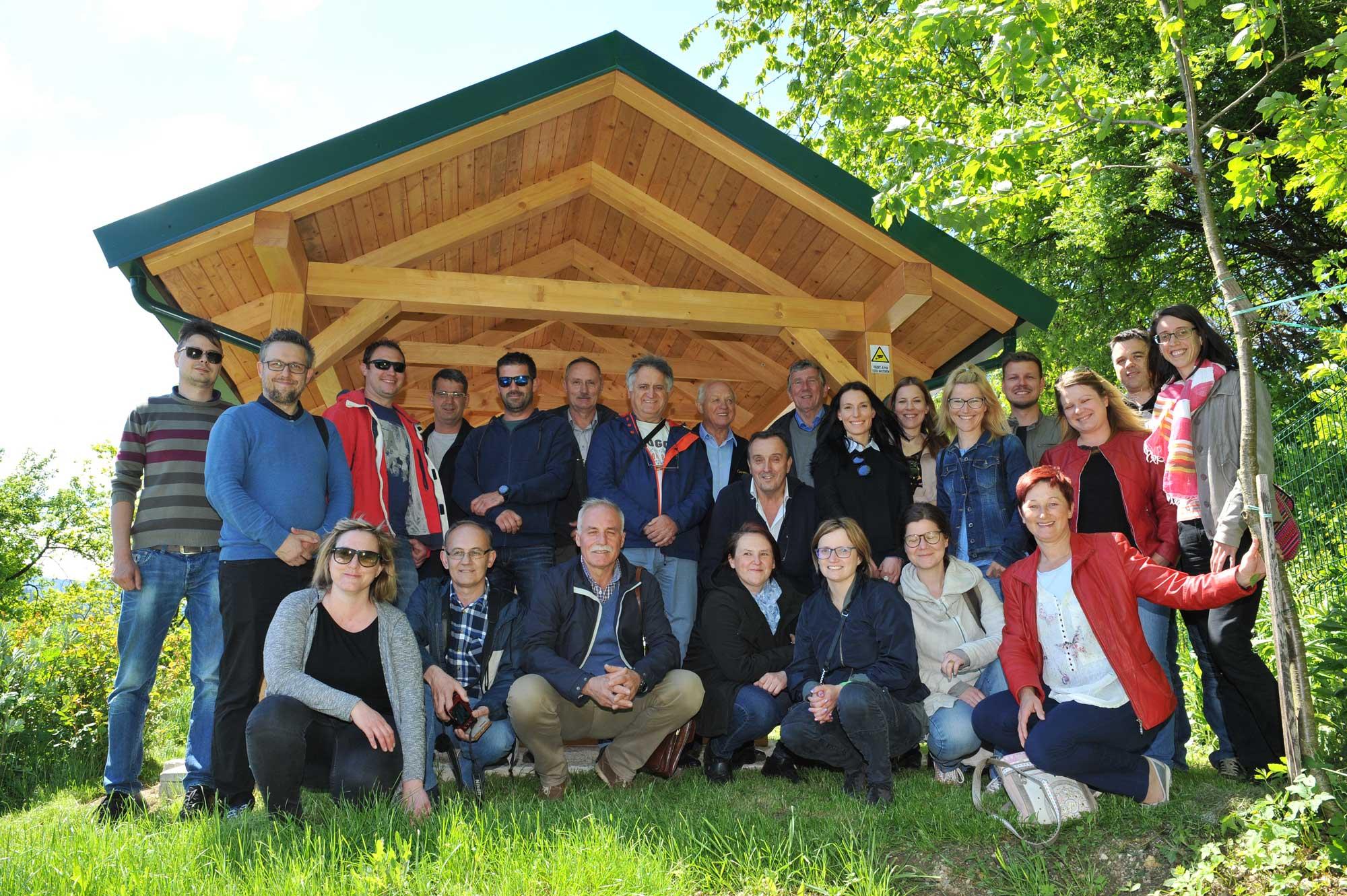 Dan odprtih vrat slovenskih čebelnjakov 24.4.2020-Zaradi koronavirusa odpadlo